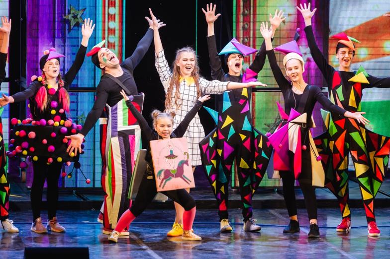 Детская школа вокального искусства при Челябинском театре оперы и балета имени М. И. Глинки, объявляет набор …