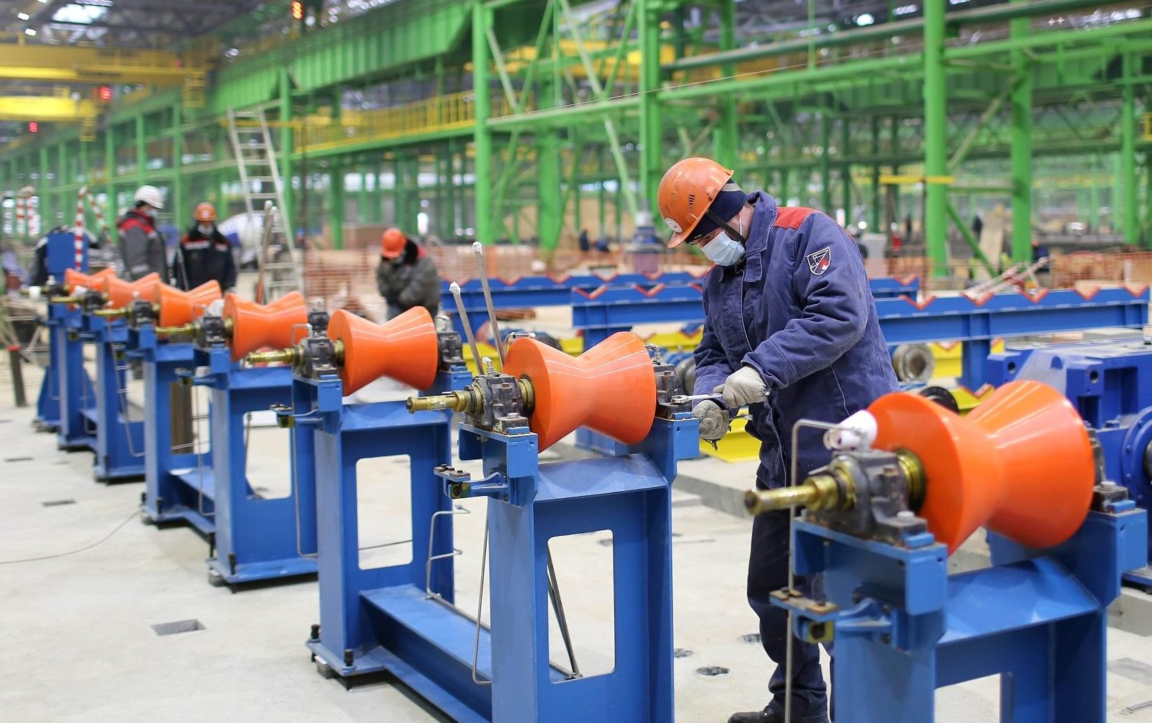 На будущем производстве труб ОМК устанавливают технологическое оборудование