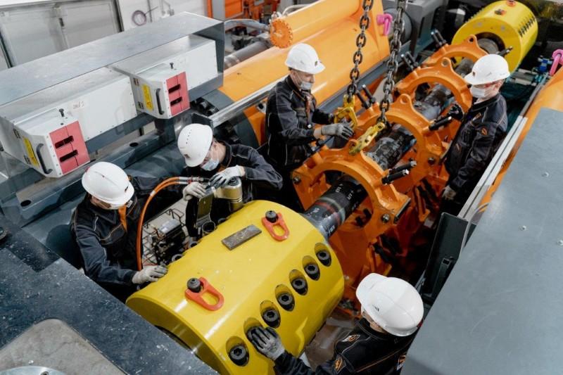 ТМК первой в РФ испытала нефтегазовые трубы по международным стандартам