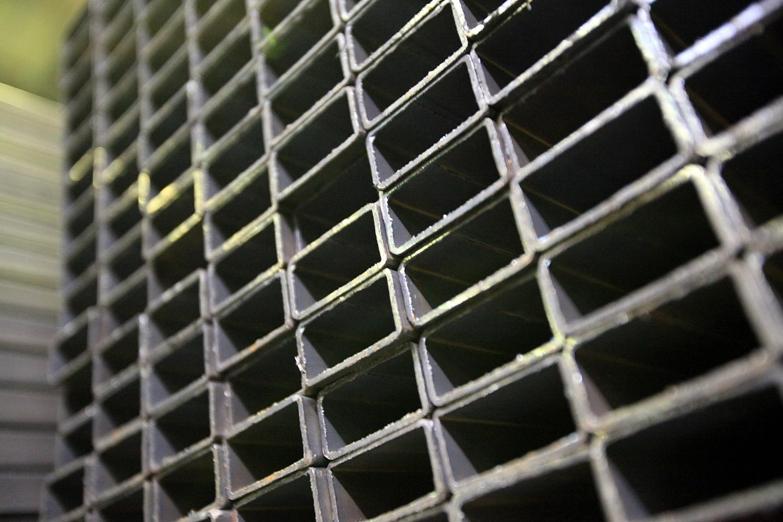 ОМК расширяет сеть складов по продаже труб и проката