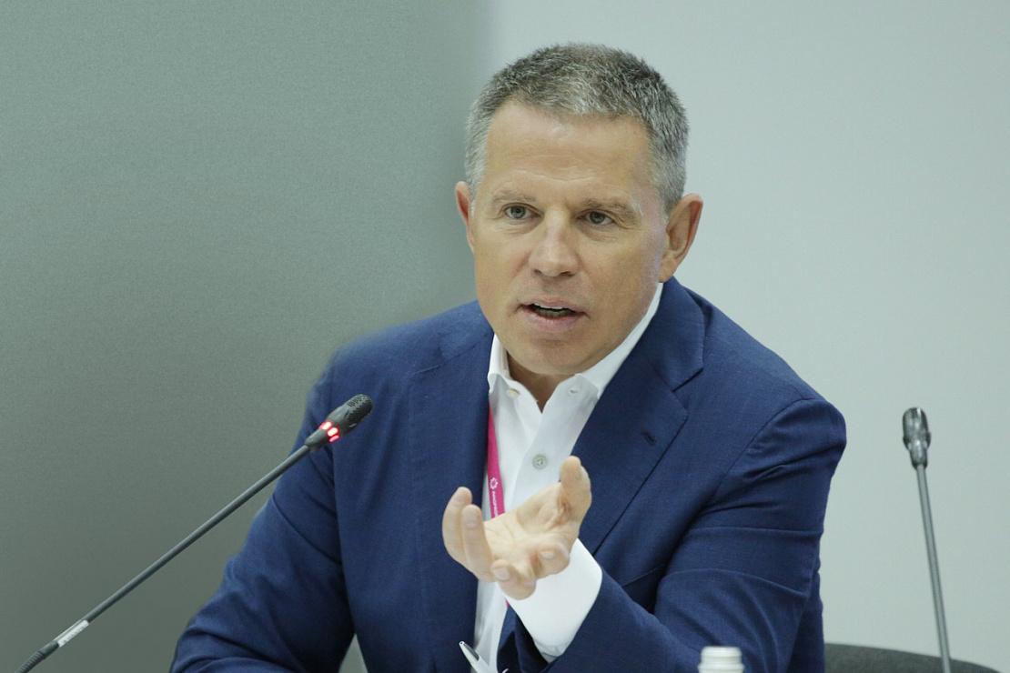 Андрей Комаров выступил на пленарной сессии ИННОПРОМА-2019, посвященной промышленности будущего