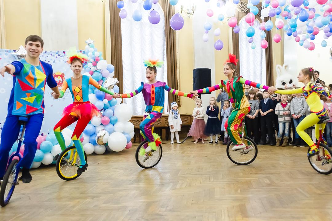 В Челябинске состоялось открытие XVII благотворительного театрального фестиваля Группы ЧТПЗ «Снежность»