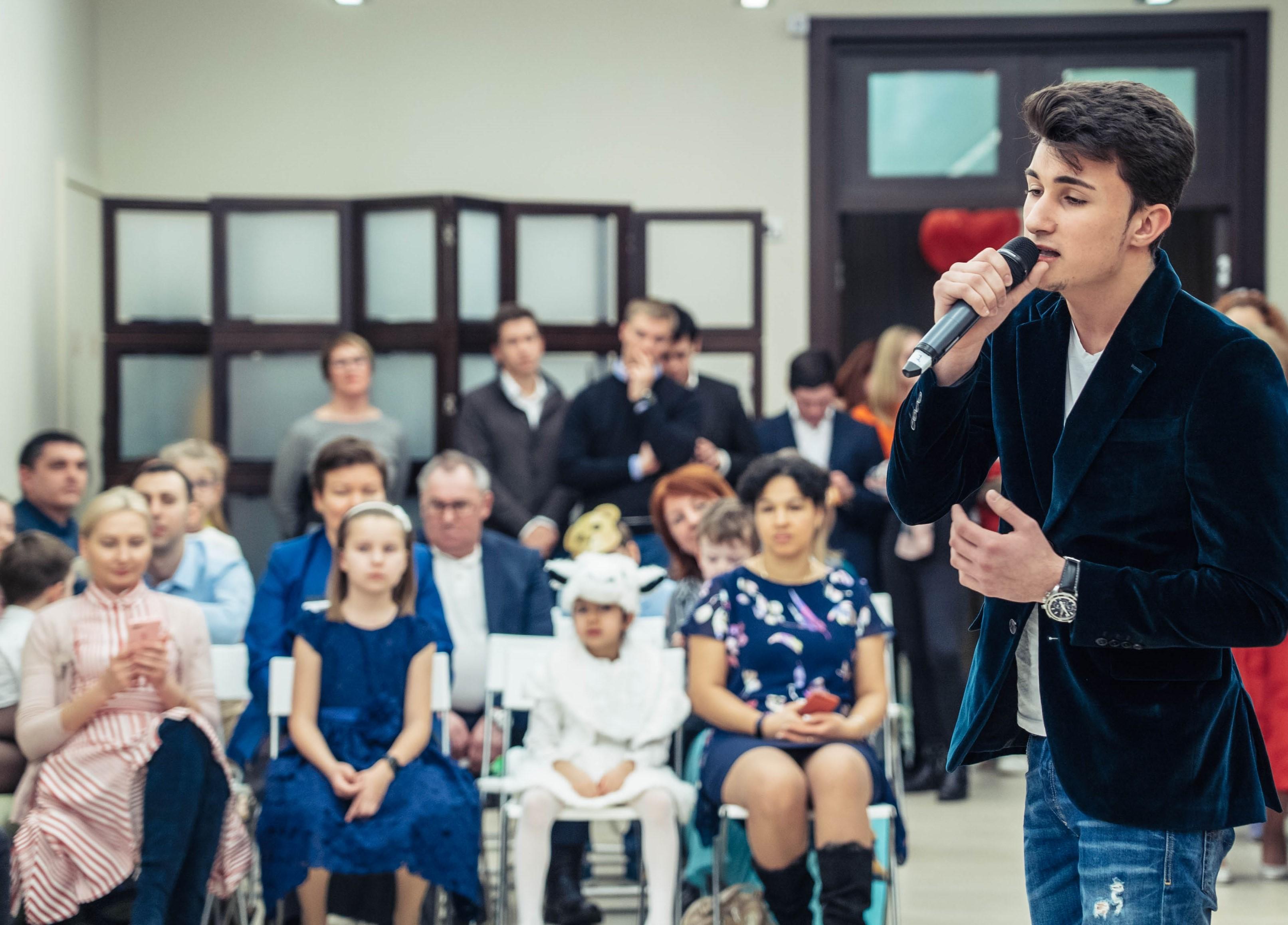 500 тыс. рублей собрали сотрудники ОМК в ходе благотворительной акции «С любовью в сердце»